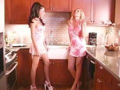 The Pink Side Of Bobbi Blaze - Scene 3