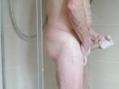 Wank in the shower