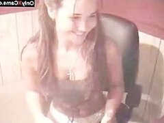 Hot Victoria Chatting and Stripping on Cam