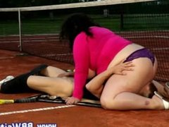 Fat plumper BBW sixty nines on tennis court and loves it