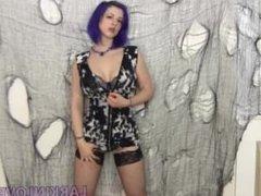 Larkin Love Striptease