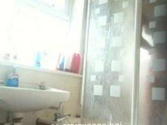 Hot Indian Girl Hidden Bathroom Nude Clip Scandal
