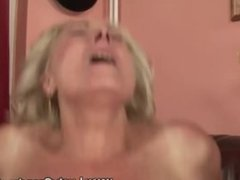 BBW amateur granny pussy fucked by lucky guy