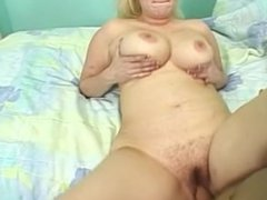 Fat hairy pussy chubster gets fucked