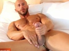 Very handsome french sport guy get wanked is enormous dick by a guy !