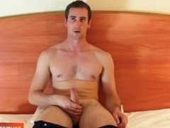 Guillaume, a real french straight guy get wanked his cock by a gay guy