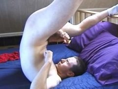 Jacking in bed and cum-eating