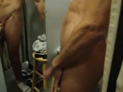 Ameateur Dressing room video with cumshot.