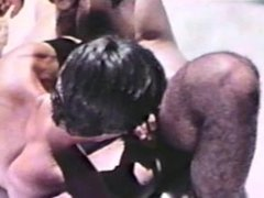 Gay Peepshow Loops 303 70's and 80's - Scene 1