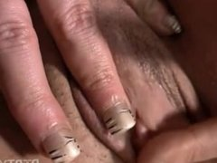 muscle chick masturbating with fingers