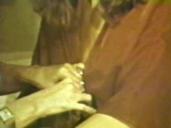 Lesbian Peepshow Loops 535 70's and 80's - Scene 4