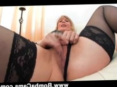 Chat For Free With Porn Star Nina Hartley Just On www.BombaCams.com