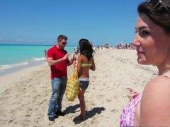 Group of bikini beach babes go to the hotel for an orgy