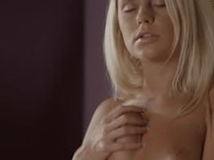 blond pussy fingering in her new flat