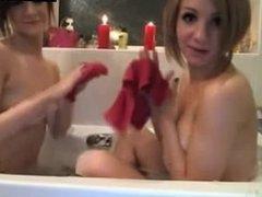 2 Hot Girls Playing In Bathtub On Webcam