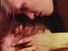 Lesbian Peepshow Loops 659 70s and 80s - Scene 5