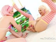 Candy in her both extreme holes