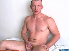 Keri, a sexy athletic french guy serviced, get wanked his very huge cock!