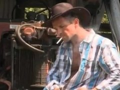 COUNTRY GIRL WANTS A REAL MAN TO PLOW HER