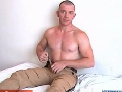 A very sexy hunk guy get wanked his huge cock in spite of him !
