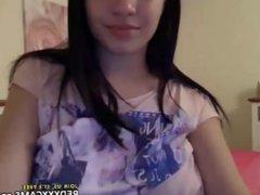 Hot teen showing off in webcam - Episode 127