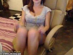 Hot teen showing off in webcam - Episode 64