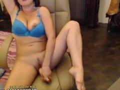 Hot teen showing off in webcam - Episode 72