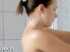Pigtailed gal fingers snatch