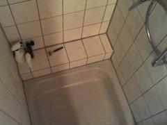 secrètement filmé sous la douche