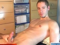 A sexy belgian sport guy get wanked his horny cock by us !