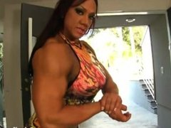 Aziani Iron Amber Deluca female bodybuilder get naked