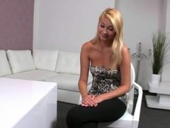 Blonde amateur pussy vibed in office