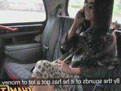 Wife cheats on her husband with the taxi driver!