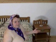 Fat Granny Likes to Play