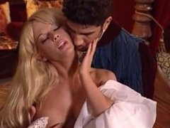 Kelly Trump - Biancaneve 10 Anni Dopo - scene 1