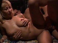 LA CAMIONNETTE DU SEXE - Scene 1