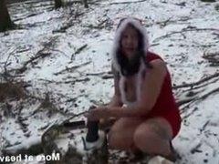 toy im schnee
