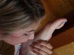 Lesbian foot worship lia and sovereign syre