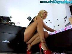 Hot Blonde Dildos To Orgasm On Webcam Part 2