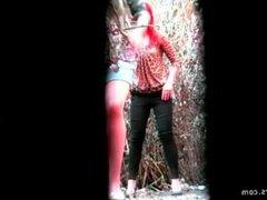 voyeur public girls peeing 2