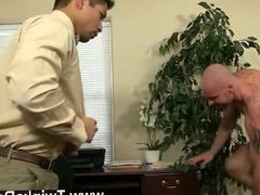 Gay porn After face porking and gobbling his ass, Mitch plows Spencer