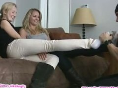Impressive foot worship machine for goddesses