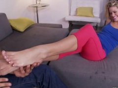 Jessa Rhodes in Footsie Fun