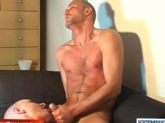 str8 guy serviced: David get sucked by a guy in spite of him !