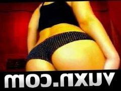 Live Sex Brunette Teasing on VUXN