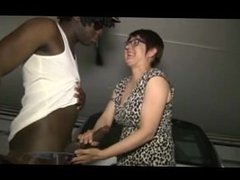 Lise a French mature and 2 black cocks - ANAL