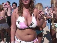 Hot Girls Flashing on the Beach