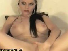 Bigtits chick fisting and masturbates big black toys on webcam