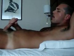 Hot dude has amazing orgasm