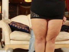 Sexy Fat Wife Minnie Mayhem Teases and Fucks Stud Tony